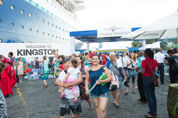 Kingston Wharves At The Centre Of Cruise History